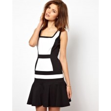 Karen Millen Colour Block Flippy Dress Black | White